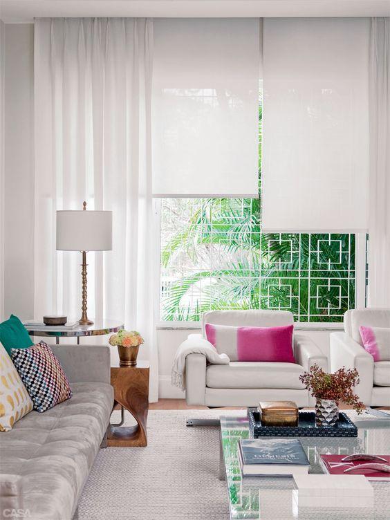 decoracao-de-sala-de-estar-com-cortinas