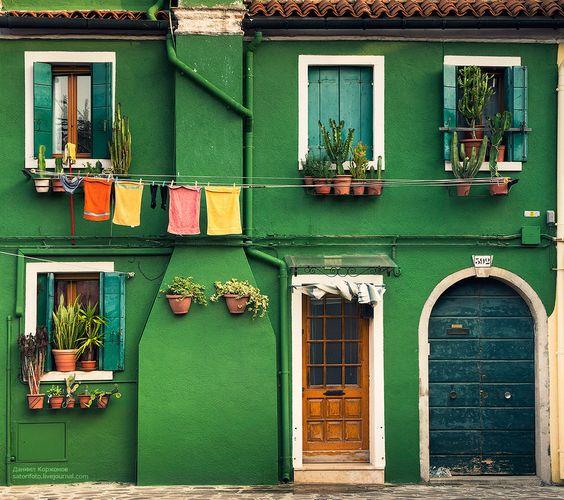 casas-verdes-coloridas