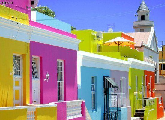 construcoes-casas-coloridas
