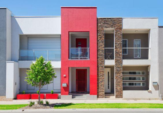 fachada moderna de Casas coloridas