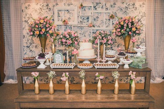 festa de noivado com flores