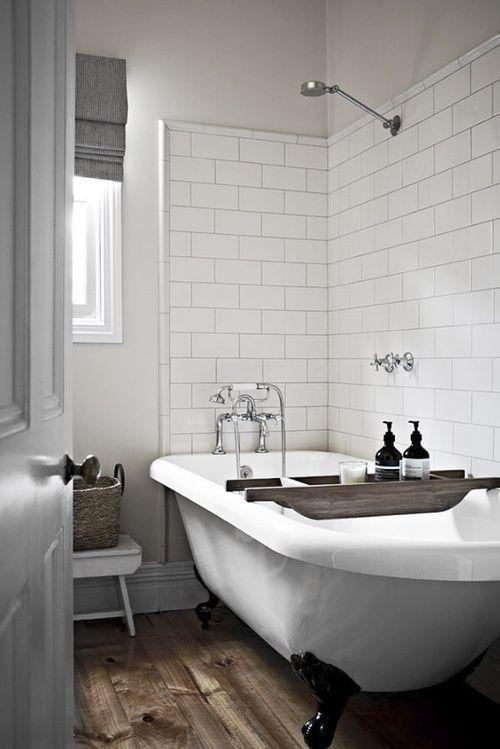 Banheiros com Banheiras classicas