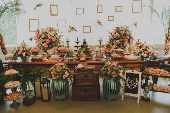 Mesas de madeira para Bolo de Casamentos