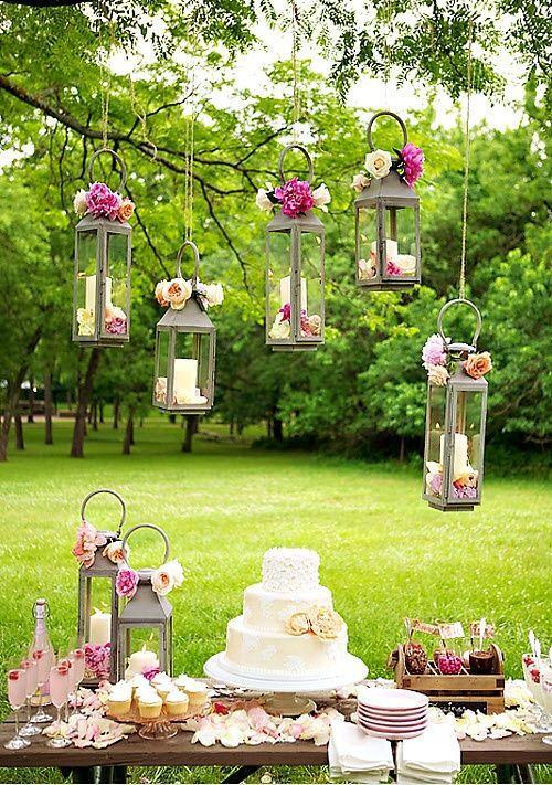 Mesas para Bolos de Casamentos ao ar livre