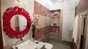 Espelho veneziano vermelho